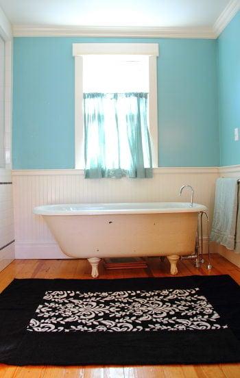 Bath rug from towel