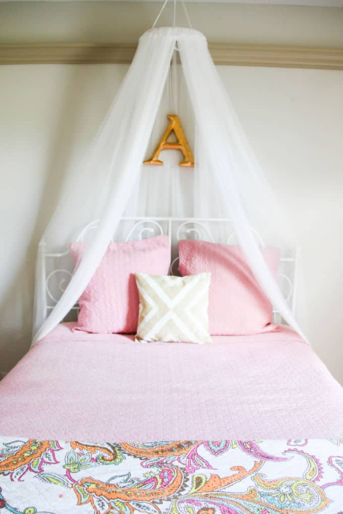 Romantic Diy Bed Canopies On A Budget The Budget