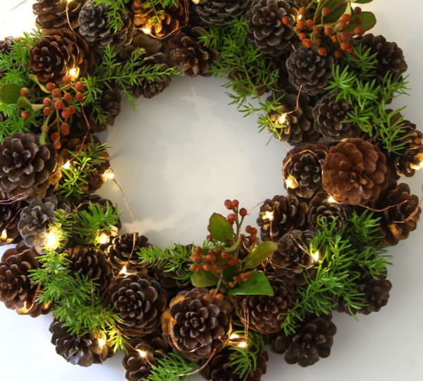 I Even Like This Wreath When Its Only Half Done With Just The Pinecones Simple Tutorial Did We Mention It Costs Almost Nothing To Make