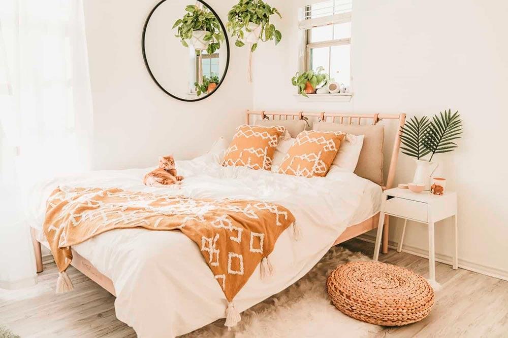 DIY Bedroom Decor Ideas (On Any Budget!)