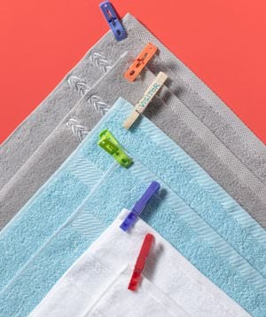 Clothespins towels