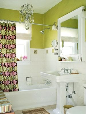 Color in bathroom
