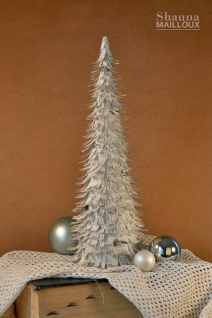 Christmas Decorations Cone Trees : Diy christmas cone trees the budget decorator
