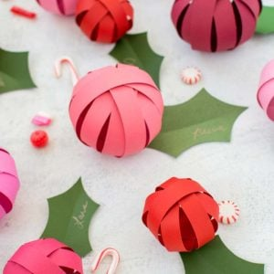 10 Pretty Paper Christmas Decorations You Can Make