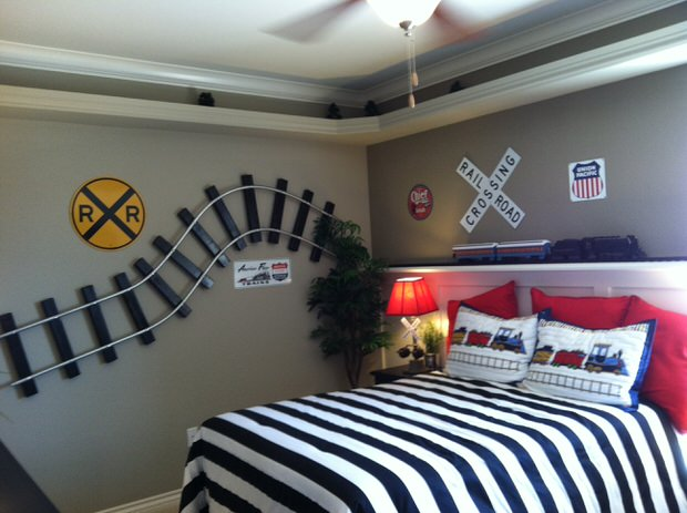 diy train bedroom for kids the budget decorator. Black Bedroom Furniture Sets. Home Design Ideas