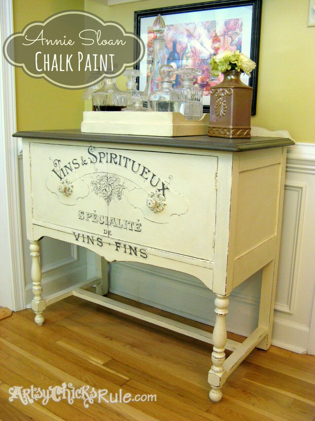 DIY Chalk Paint Sideboard