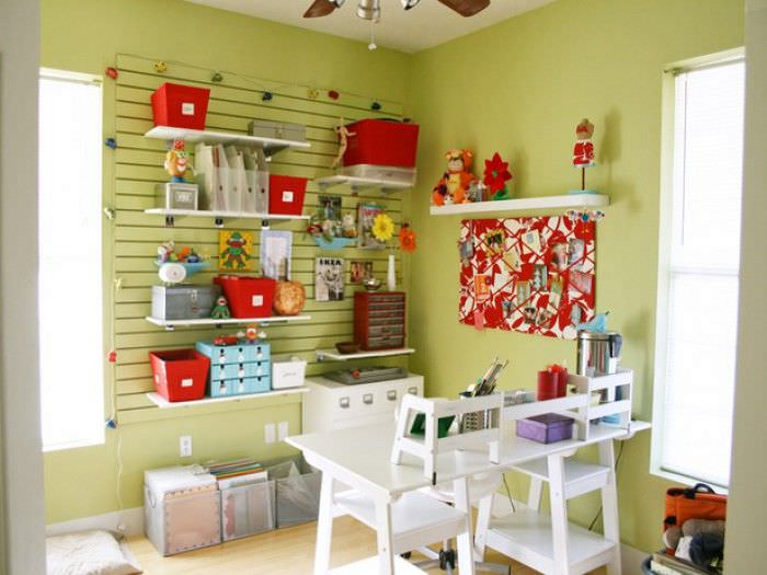 Diy craft room ideas projects the budget decorator using a closet shoot how important are shoes you never wear anyway is a really smart way to make a craft room for yourself and it works solutioingenieria Choice Image