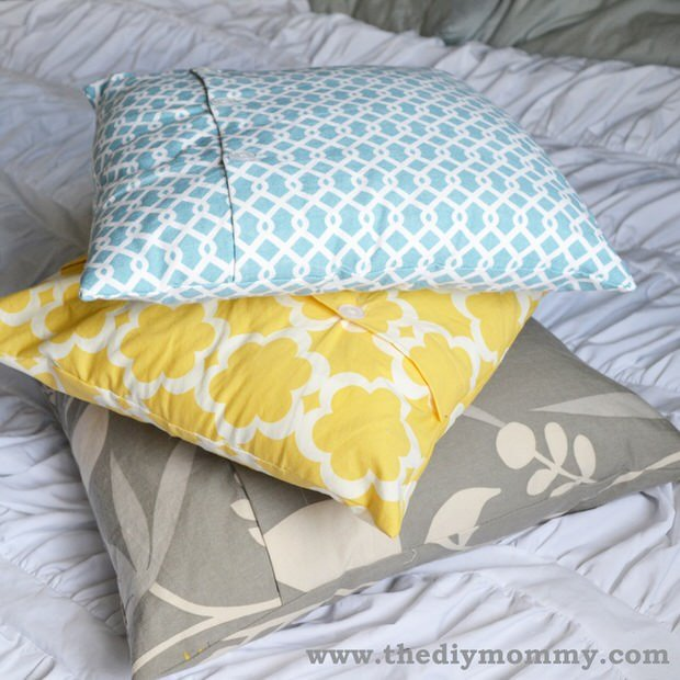 DIY buttoned pillow cover