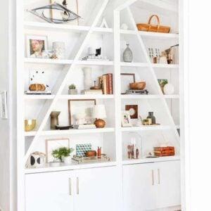 How to Style Bookshelves (Shelf Decor Ideas!)