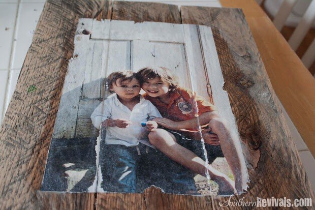 Diy photo transfer projects the budget decorator for Transfer picture to wood inkjet