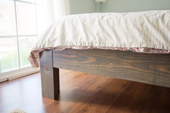 Pdf diy simple king bed frame plans download simple wooden for Simple bed diy