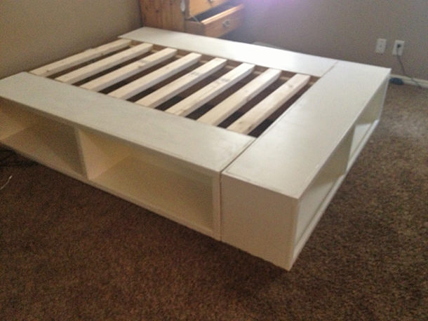 Last we have the bed that Chris made, a DIY bed frame from 'Something is Done'. I love this bed because it is simple enough to be used in any style, ...