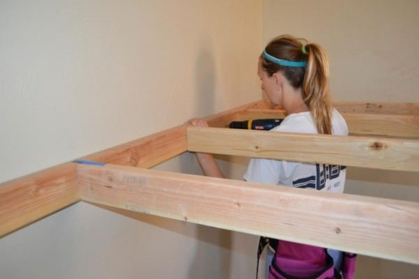 how-to-build-an-indoor-treehouse-play-loft-and-drill-into-the-studs-I-Am-Hardware-featured-on-Remodelaholic-600x400