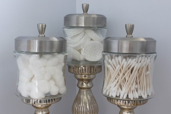 18 Lovely Apothecary Jar Ideas • The Budget Decorator