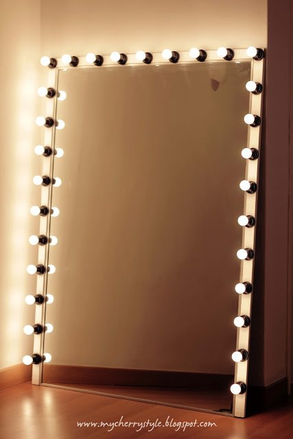 DIY hollywood vanity mirror 12