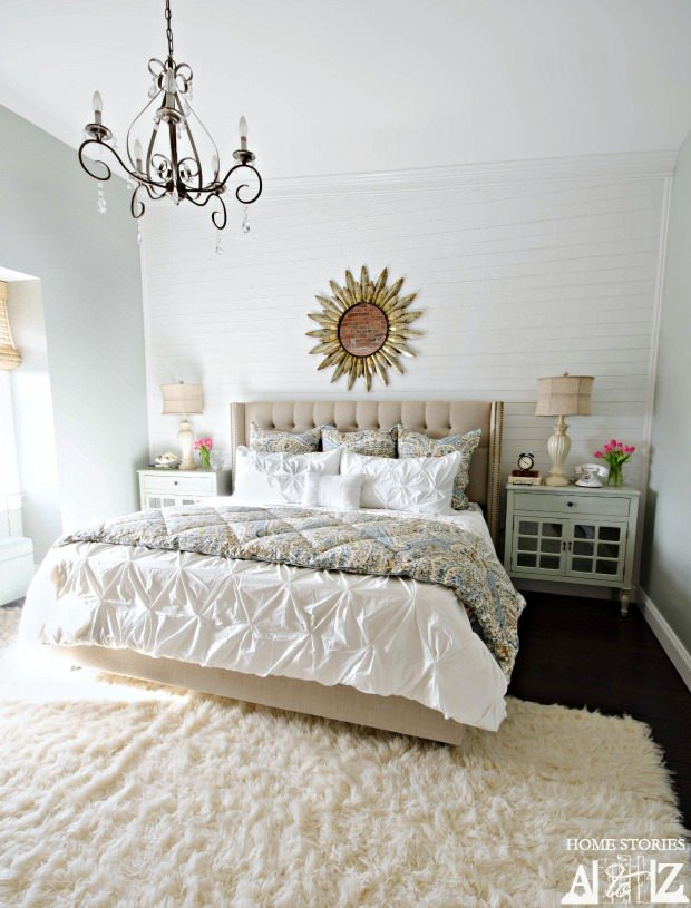 Drool worthy decor dramatic master bedroom makeovers the budget decorator How to decorate a small master bedroom on a budget
