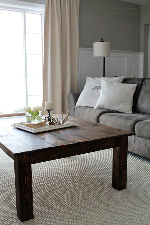DIY Farmhouse Coffee Table 2