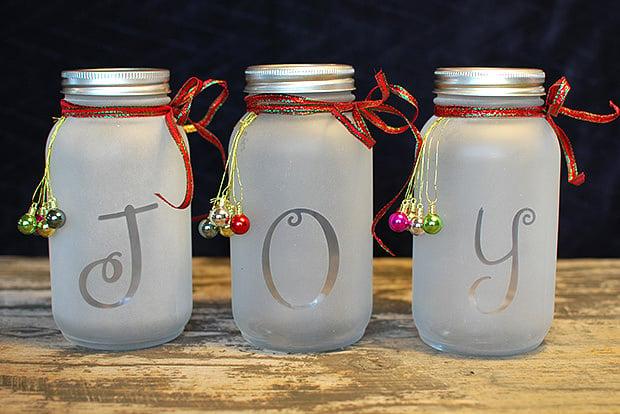 DIY Mason Jar Holiday Luminaria