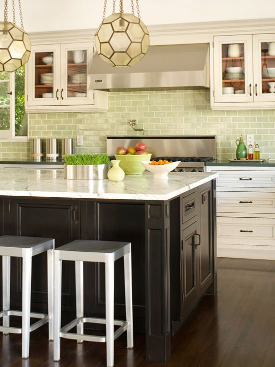 How to install a backsplash the budget decorator Kitchen backsplash ideas bhg