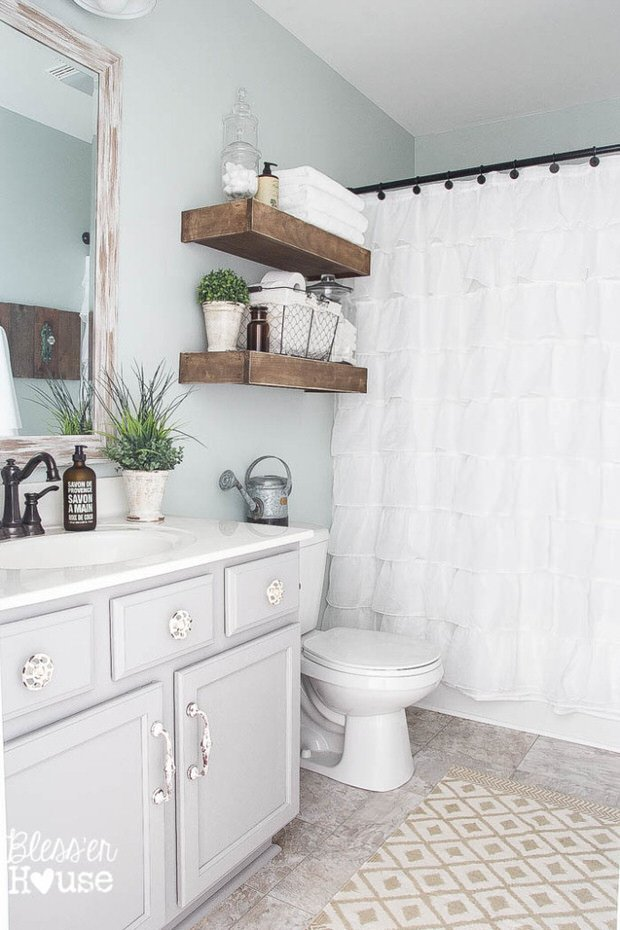 Budget bathroom makeovers before and after the budget for Diy bathroom ideas on a budget
