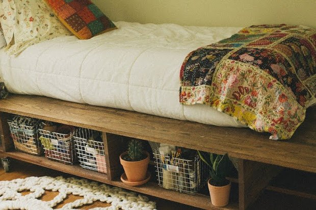 Diy Under Bed Storage 10