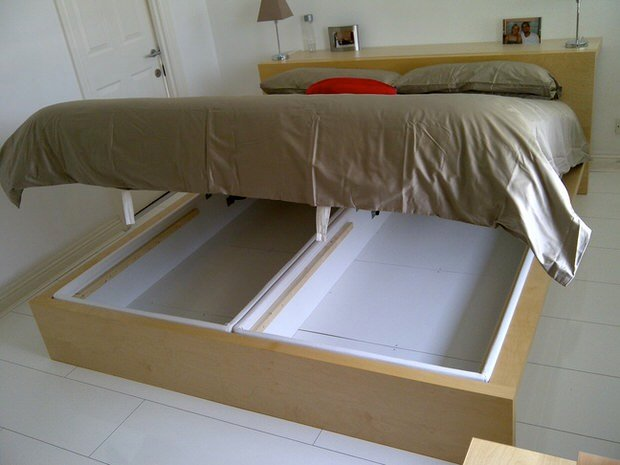 Diy Under Bed Storage 9
