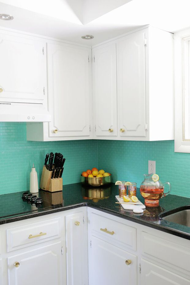 15 Kitchen Backsplash Ideas That Go Right Over Old Tile ...