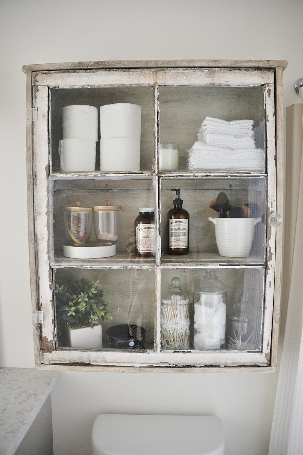 Diy bathroom decor storage the budget decorator for Diy bathroom ideas on a budget