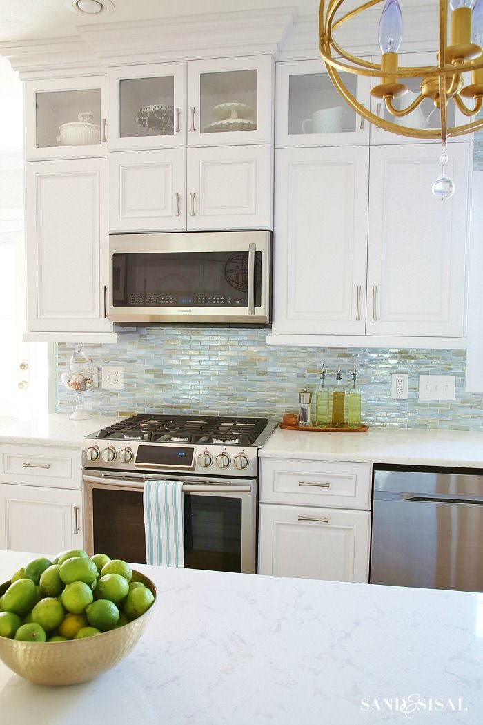 How to Install a Backsplash • The Budget Decorator