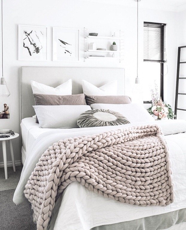 easy diy chunky throw blankets the budget decorator 25 best ideas about beige headboard on pinterest master