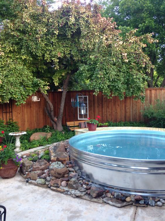 Wanna Stay Cool Diy A Stock Tank Pool The Budget Decorator