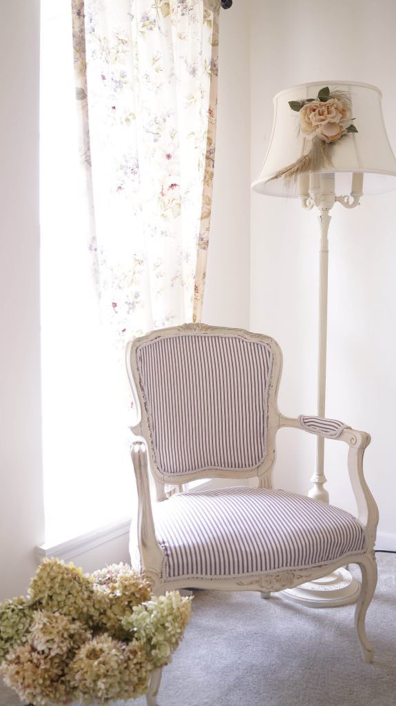 Admirable How To Reupholster A Chair The Budget Decorator Download Free Architecture Designs Scobabritishbridgeorg