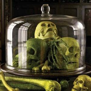 DIY Halloween Decorating Ideas- Glitter Skulls