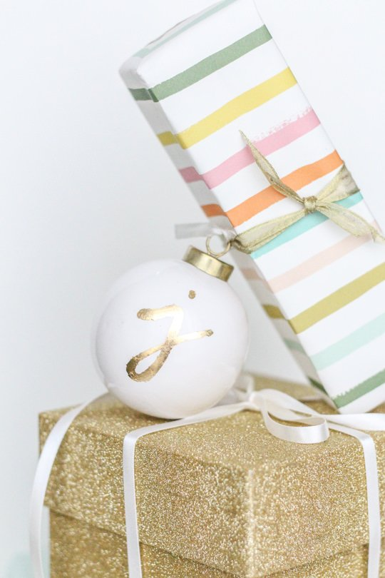 11 Easy DIY Dollar Store Christmas Decorations