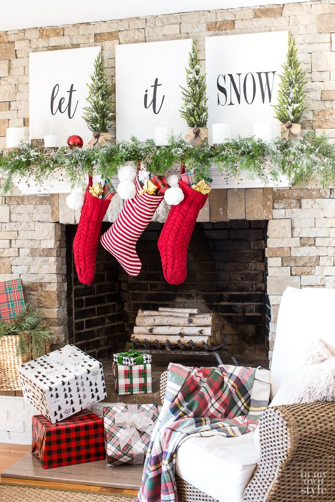 chelsea at two twenty one created this classic christmas mantel with her very own buffalo check wall decor diy we love this mantel so much