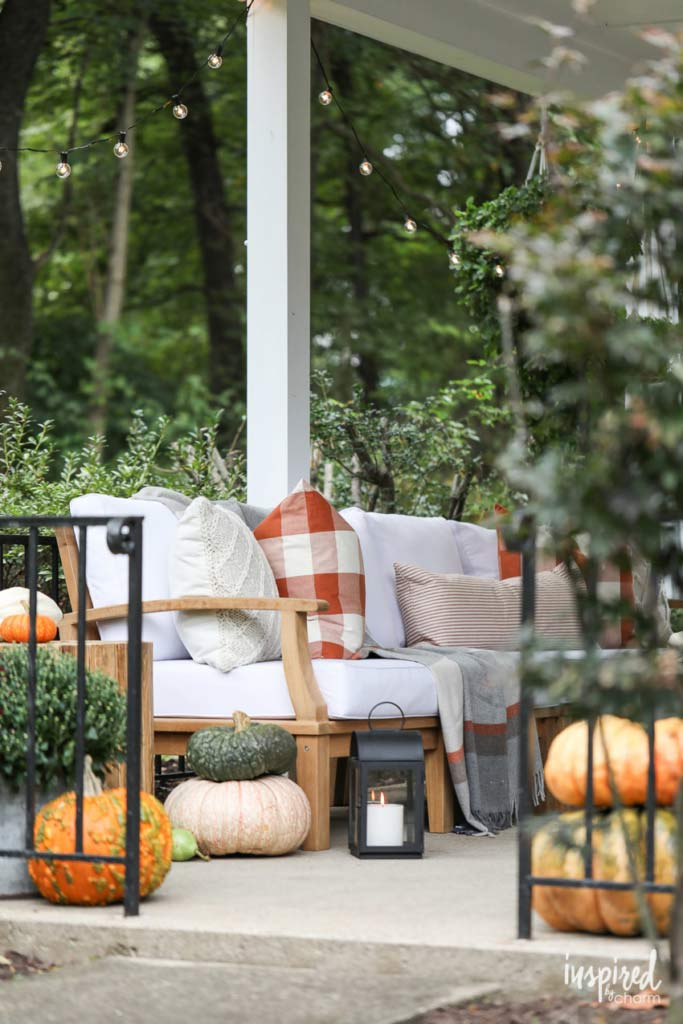 Fall Front Porch Ideas (On a Budget!) • The Budget Decorator
