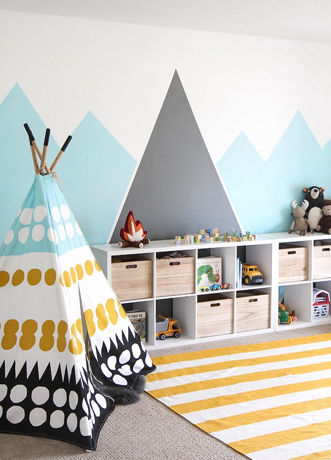 How to paint wall murals for kids 10 easy diy projects for Diy mountain mural