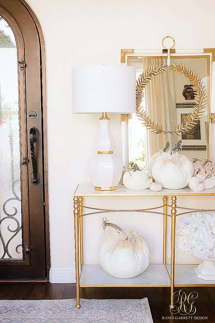 Fall Decorating Ideas 25 Ways To Make Your Home Cozy The Budget Decorator