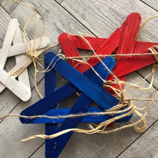 4th of July Front Porch & Outdoor Decorations You Can Make