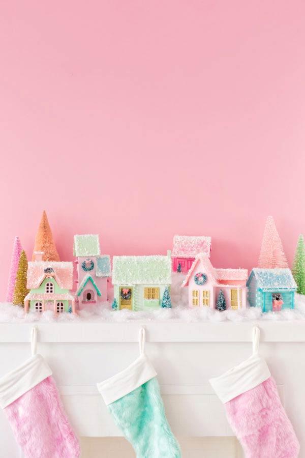 DIY Christmas Mantel Decorating Ideas