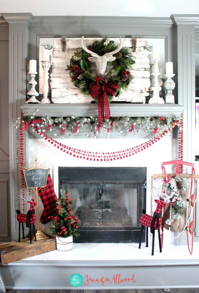 DIY Christmas Mantel Decorating Ideas • The Budget Decorator