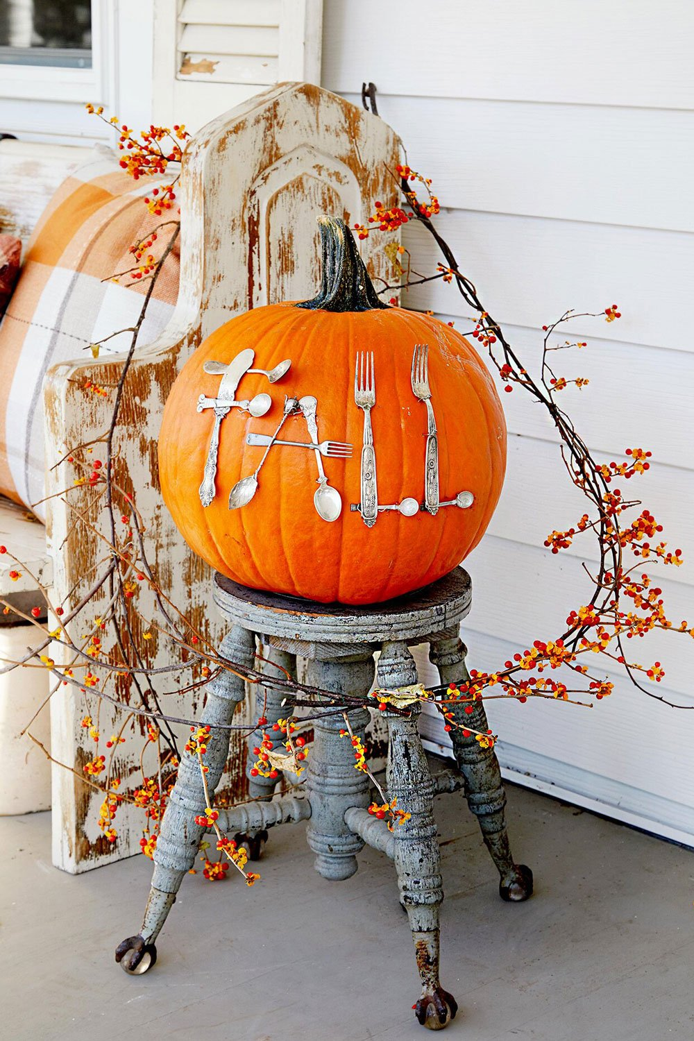 Fall Pumpkin Decorating Ideas With Pumpkins And Gourds The Budget Decorator